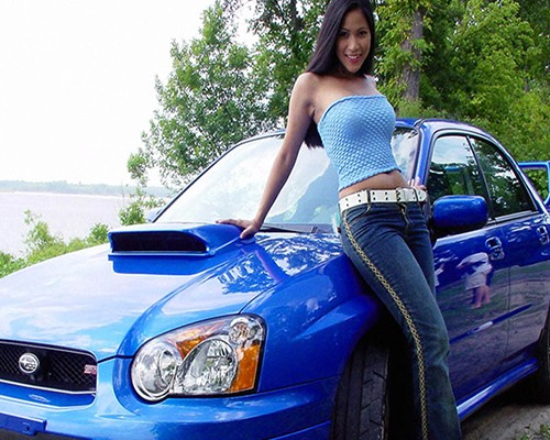 Sexy-Model-With-Hot-Car-Photo-1377a3cc